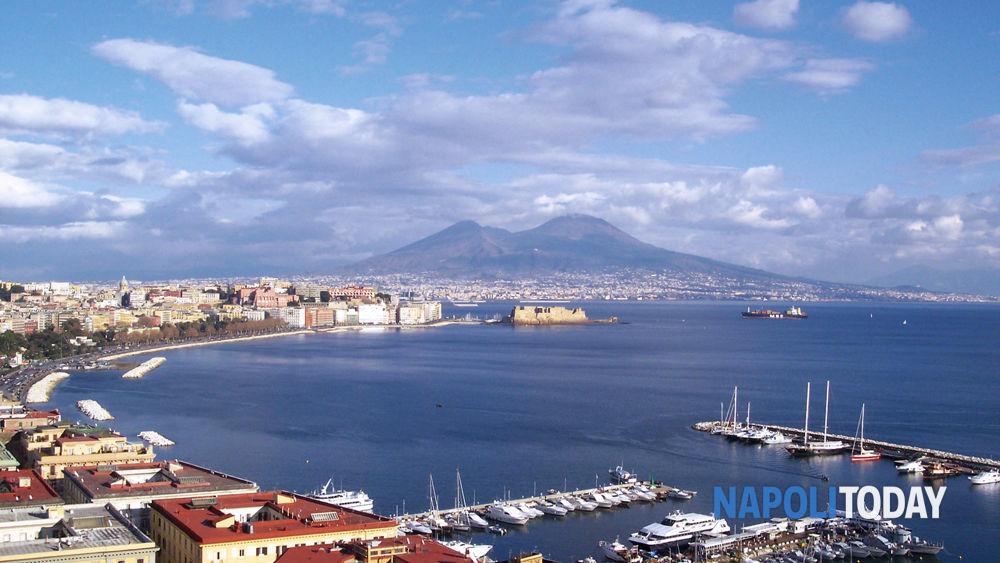Non La Napoli Napoletani Più Gli Con Fra È Città Abitanti wSS7RqF