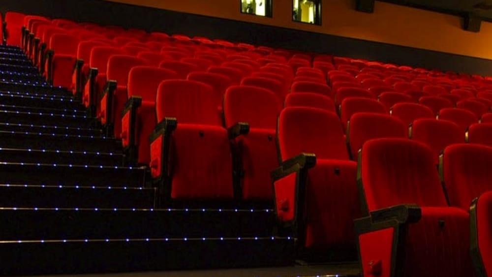 http://www.napolitoday.it/~media/horizontal-hi/23959188955993/cinema-3-2.jpg