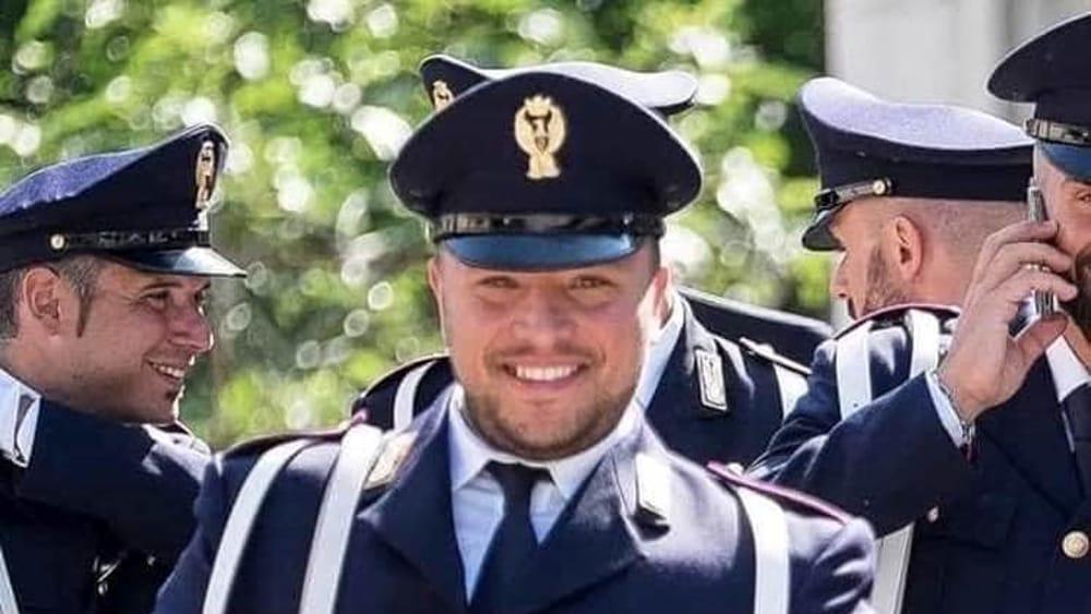 Pasquale Apicella, in via Cornelio una targa in memoria del poliziotto morto