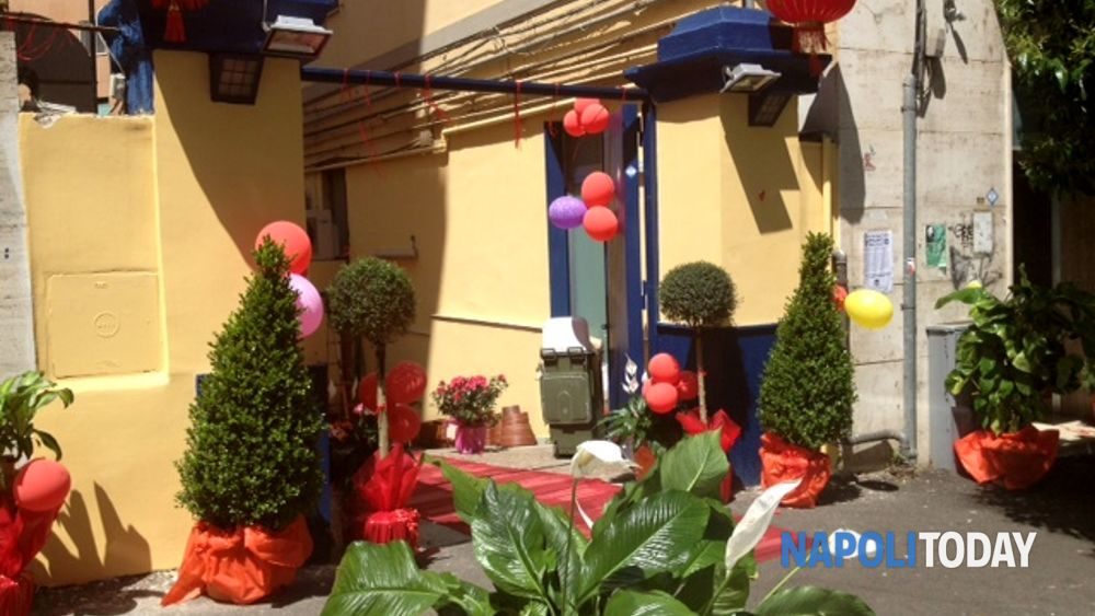 Napoli apre un nuovo megastore cinese sulla collina blog for Mobilia mega store ottaviano