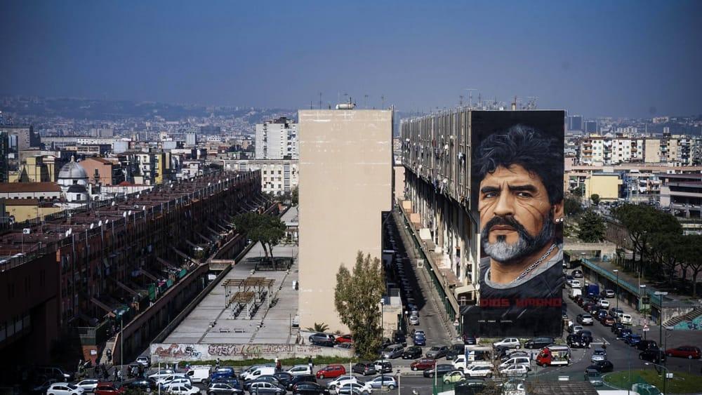 Quot Grazie Jorit Grazie Napoli Quot Maradona Ringrazia Per Il