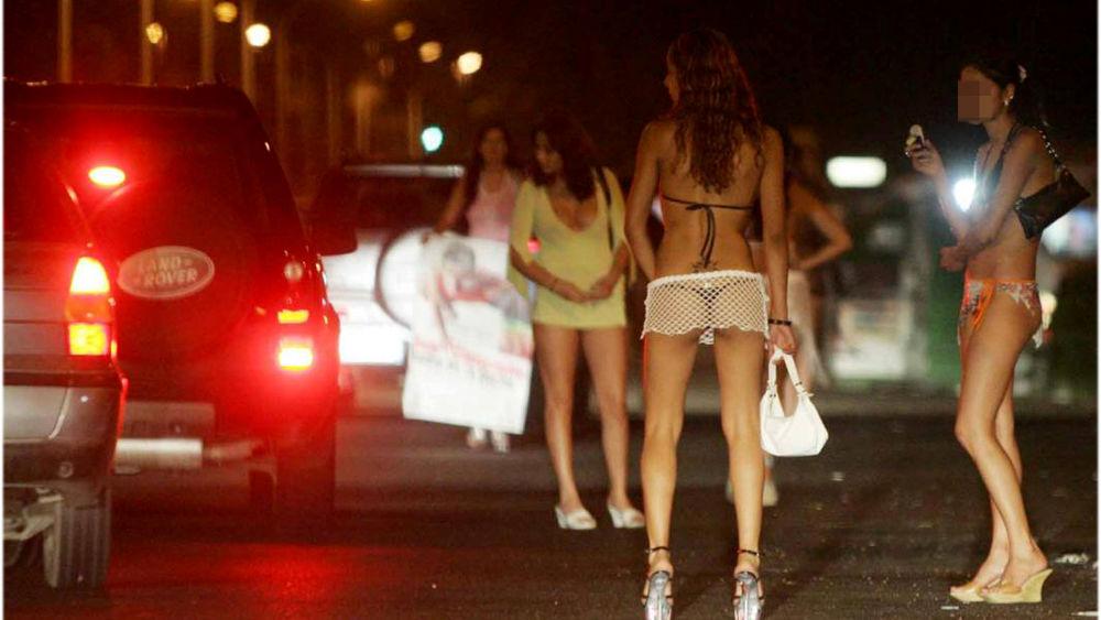 Неаполь проститутки проститутка в броварах